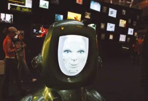 Zafír, a robot a Jövõ Házában